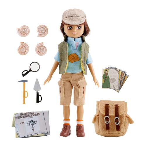 Lottie, Fossil Hunter